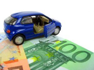 Assicurazione auto a rate: funzionamento e convenienza