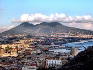 Risparmiare su assicurazione auto a Napoli