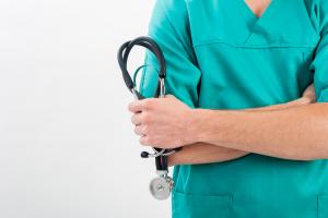 Lavora con noi per infermieri: ecco come accedere alla professione